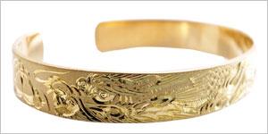 純金彫金バングル